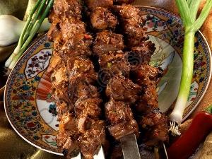 Шашлык из баранины в мясном бульоне с рисом