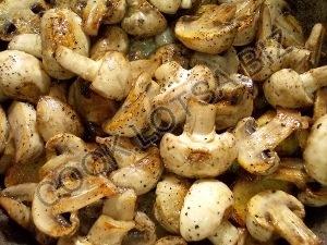 Картофель тушеный с грибами и кабачками